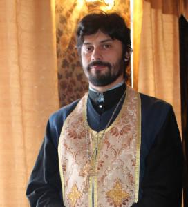 Священник Роман Турецких